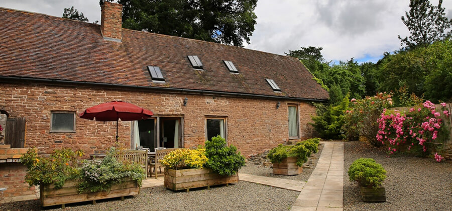 Self Catering, Meal House